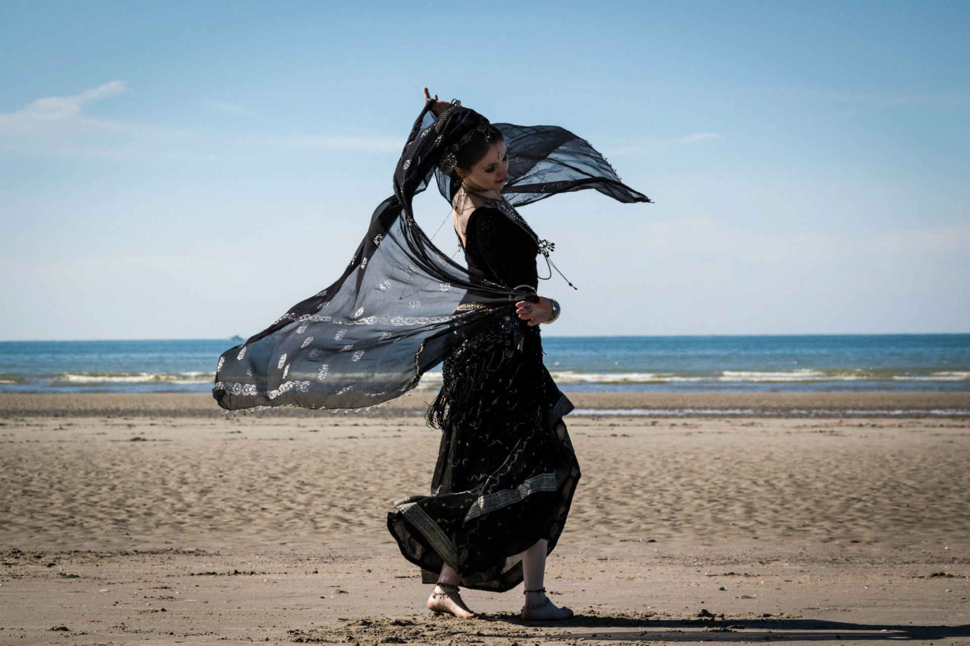 dancer-mona-diaz-therapies